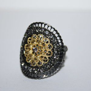 Beautiful black and gold adjustable ring